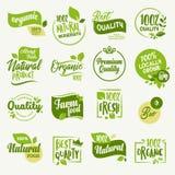 Alimento biologico, autoadesivi del prodotto fresco e naturale dell'azienda agricola e raccolta dei distintivi illustrazione vettoriale