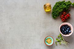 Alimento biologico crudo Fotografie Stock Libere da Diritti
