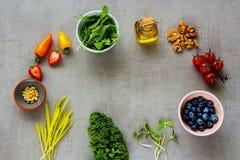 Alimento biologico crudo Fotografia Stock