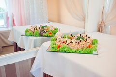 Alimento bonito e saboroso no restaurante Fotografia de Stock Royalty Free