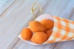 Alimento brasileiro - Coxinhas imagens de stock royalty free