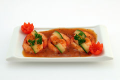 Alimento chinês - o gourmet grelhou camarões do tigre do rei no branco Fotografia de Stock