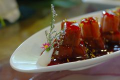 Alimento chinês: Raiz dos lótus do mel Imagens de Stock