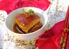 Alimento chino: Dongpo \ 'cerdo cocido s Imagen de archivo