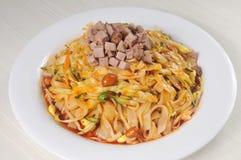 Alimento chino - tallarines Imagen de archivo