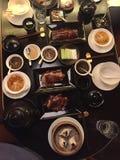 Alimento cinese - somme tenui, anatra di Pechino, salse fotografie stock libere da diritti