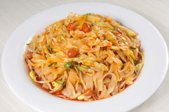 Alimento cinese - tagliatelle Fotografie Stock Libere da Diritti