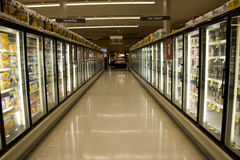 Alimento congelato in supermercato Fotografia Stock Libera da Diritti