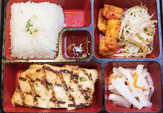 Alimento coreano - caixa de Pento Fotografia de Stock