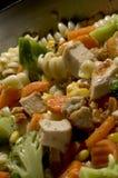 Alimento cotto del pollo dell'aglio immagine stock