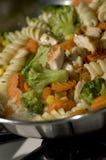 Alimento cotto del pollo dell'aglio fotografie stock libere da diritti