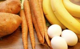 Alimento da dieta de Paleo do homem das cavernas Foto de Stock Royalty Free