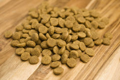 Alimento de cão Foto de Stock