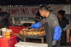 Alimento de Market Street da noite de Rotorua Rotorua Nova Zelândia imagens de stock