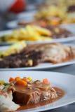Alimento del abastecimiento en la cocina del restaurante Foto de archivo libre de regalías
