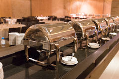 alimento del buffet della cena del pranzo nel ristorante dell'hotel Fotografia Stock