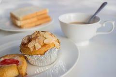 Alimento del caffè e del pane per svago Immagini Stock