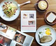 Alimento delizioso dell'alimento di prima colazione e concetto di qualità delle bevande Immagini Stock Libere da Diritti