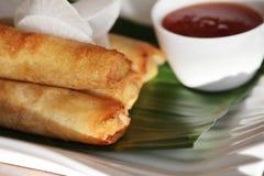 Alimento dell'asiatico del rullo di sorgente Fotografia Stock