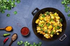 Alimento dell'indiano di Aloo Gobi Immagine Stock