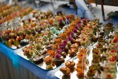 Alimento della tavola di buffet Immagini Stock
