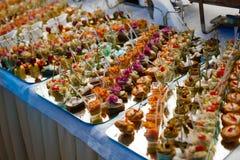 Alimento della tavola di buffet Fotografie Stock