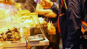 Alimento della via in Asia stock footage