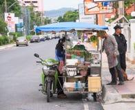 Alimento della via a Pattaya, Tailandia Immagine Stock