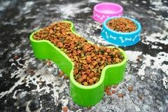 Alimento di cane Fotografie Stock