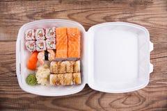 Alimento do japonês do serviço de entrega imagens de stock royalty free