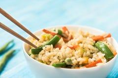 Alimento do vegetariano - arroz branco com vegetais Fotos de Stock Royalty Free