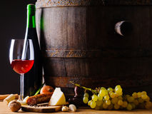 Alimento e vino rustici Fotografia Stock