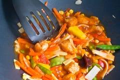 Alimento en Wok fotos de archivo