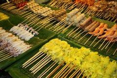 Alimento esotico della via in Tailandia fotografie stock libere da diritti