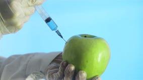 Alimento geneticamente modificato stock footage