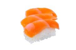 Alimento giapponese tradizionale dei sushi su fondo bianco con clippin Immagini Stock Libere da Diritti