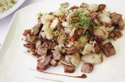 Alimento gourmet cozido de carne de carne de porco Imagens de Stock
