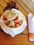 Alimento grego do prato da salada fotos de stock royalty free