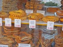 Alimento grego, Koulouri ou Bagels da rua imagem de stock