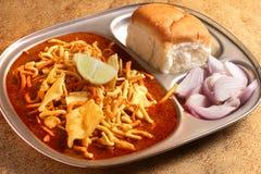 Alimento indiano - Maharashtrian Misal Pav imagem de stock