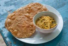 Alimento indiano per il pane di Papadum della prima colazione ed il vegetariano dal fatti dalle lenticchie o dai fagioli Popolare Fotografia Stock Libera da Diritti