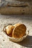 Alimento italiano, dolci secchi in un canestro Fotografia Stock Libera da Diritti