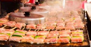 Alimento japonês da grade Fotografia de Stock