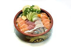 Alimento japonês, menu Chirashi, peixe cru cortado Fotografia de Stock Royalty Free