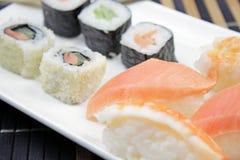 Alimento japonês - sushi foto de stock