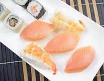 Alimento japonês - sushi imagem de stock royalty free