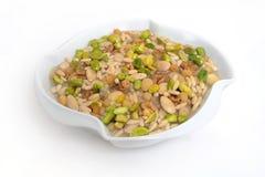 Alimento libanés del arroz cocido al horno con las tuercas y el pino foto de archivo
