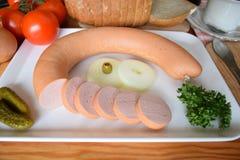 Alimento, Lyoner, salsicha, salsicha alemão Lyoner, salsicha da Bolonha, Fleischwurst alemão, salsicha alemão Lyonerring, anel da fotografia de stock