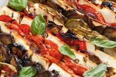 Alimento mediterráneo cocido al horno horno Fotos de archivo