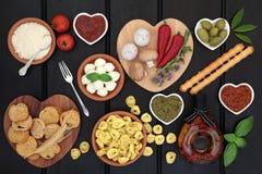 Alimento mediterrâneo saudável da dieta imagens de stock royalty free